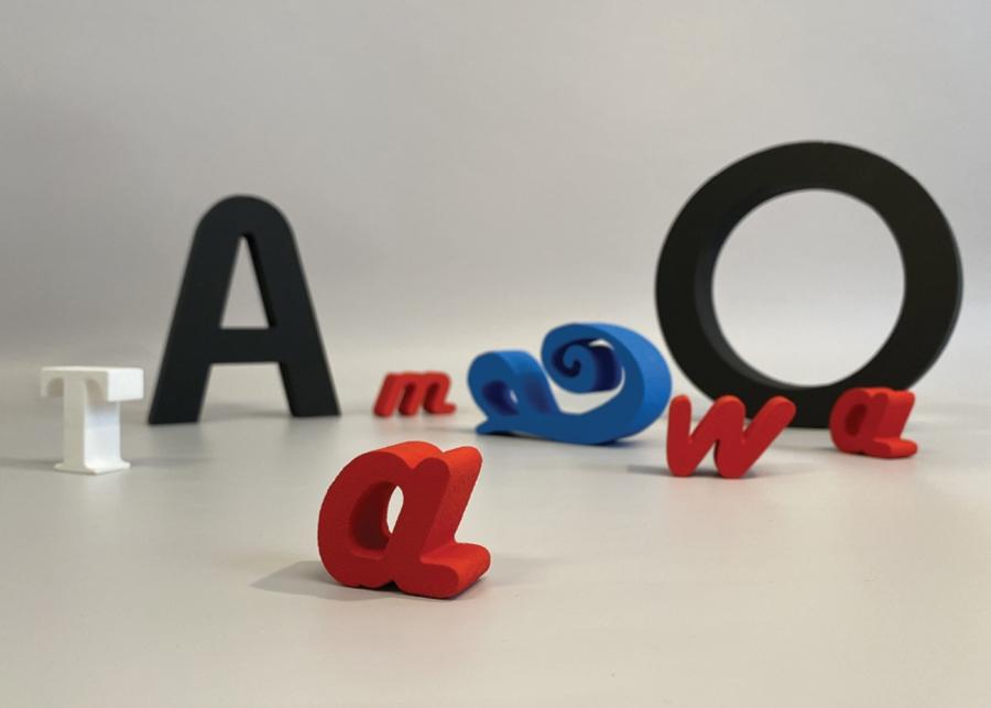Plasztikus betűk