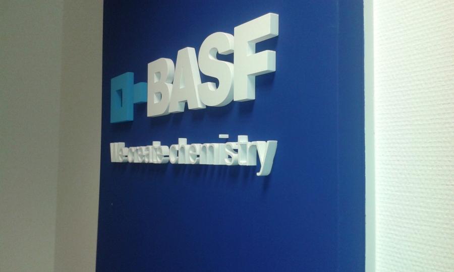 Habbetűk BASF