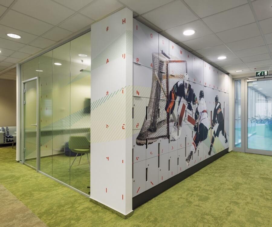 Irodabútor matricázás - Erste irodaház