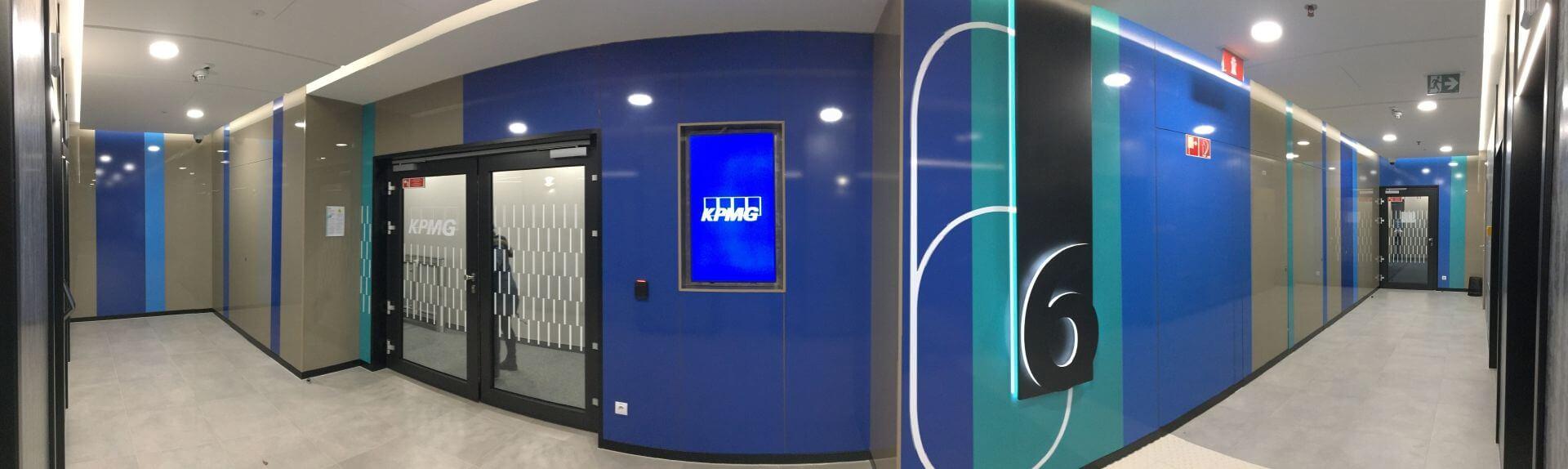 Irodai belső tér dekorálása - KPMG