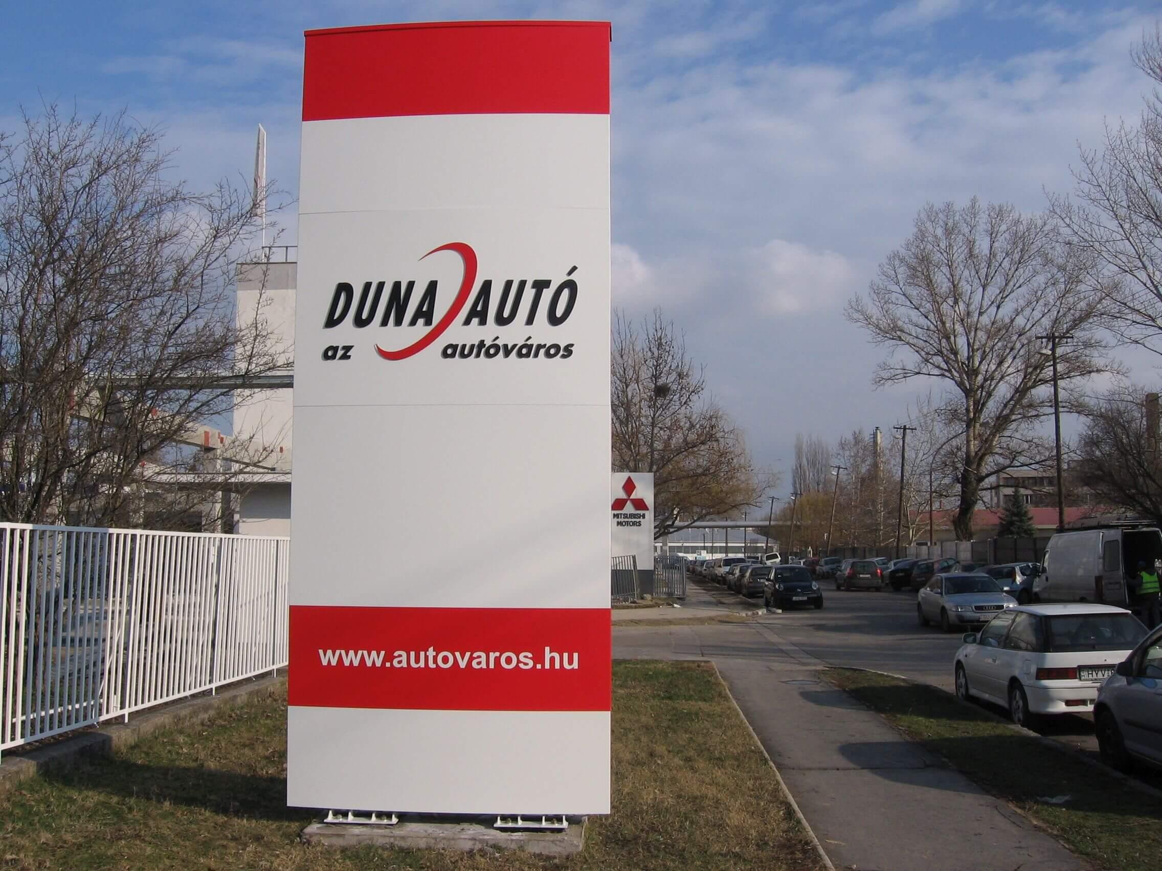 Totemoszlop - Duna autó