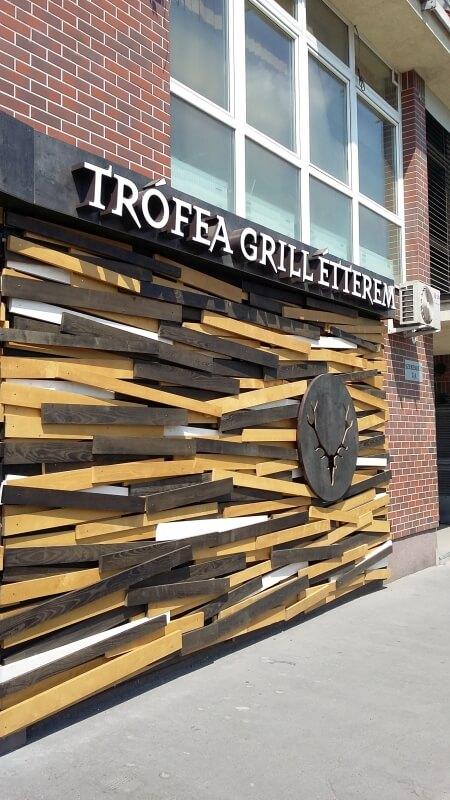 Cégfelirat - Trófea Grill