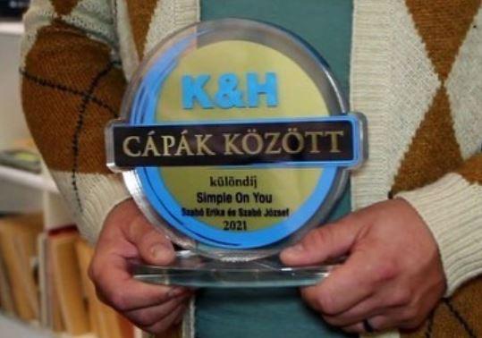 K&H plexi díj